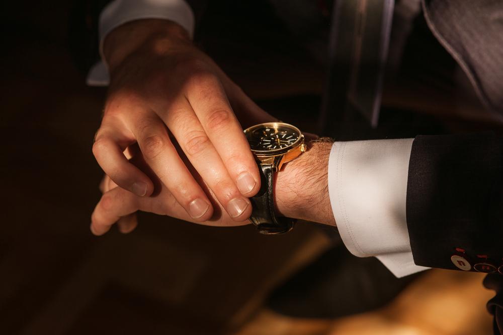 6170933779 腕時計が故障したかも?修理に出したほうがよい状態と注意点とは ...