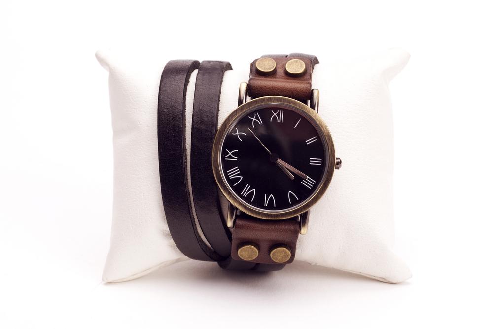 革ベルトの腕時計