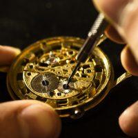 自動巻き腕時計を正しく使う